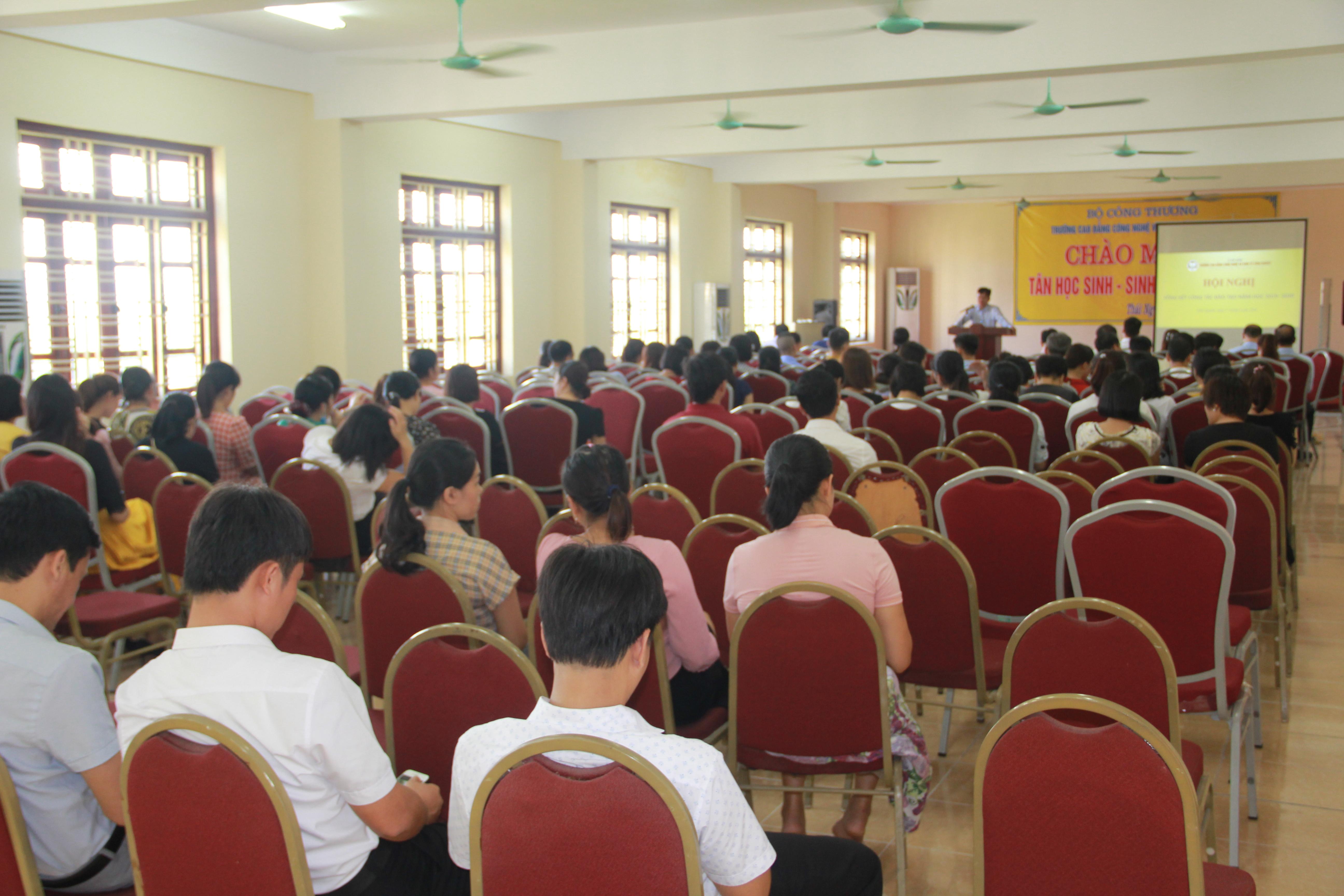 Hội nghị Tổng kết Công tác đào tạo năm học 2019-2020 và triển khai kế hoạch năm học 2020-2021