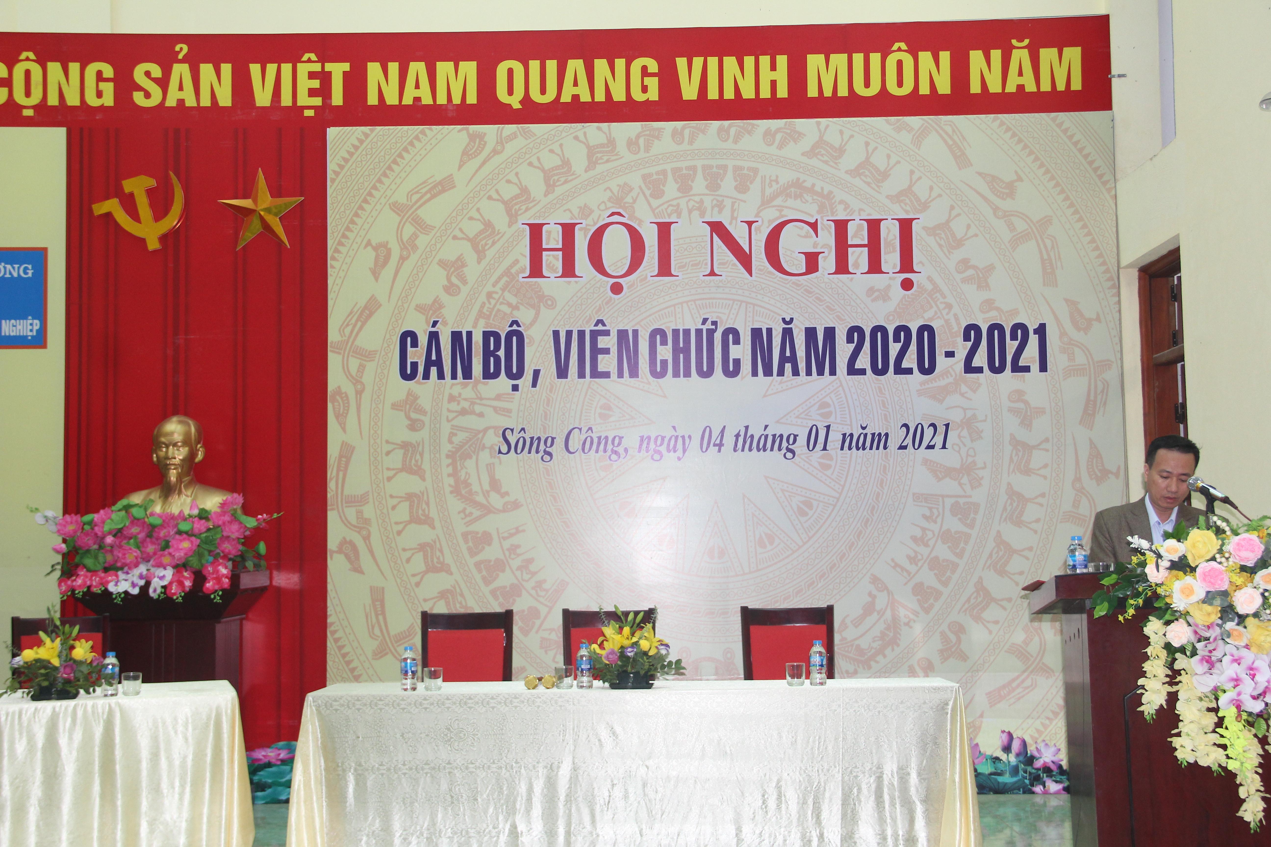TRƯỜNG IETC TỔ CHỨC HỘI NGHỊ CÁN BỘ, VIÊN CHỨC NĂM 2021