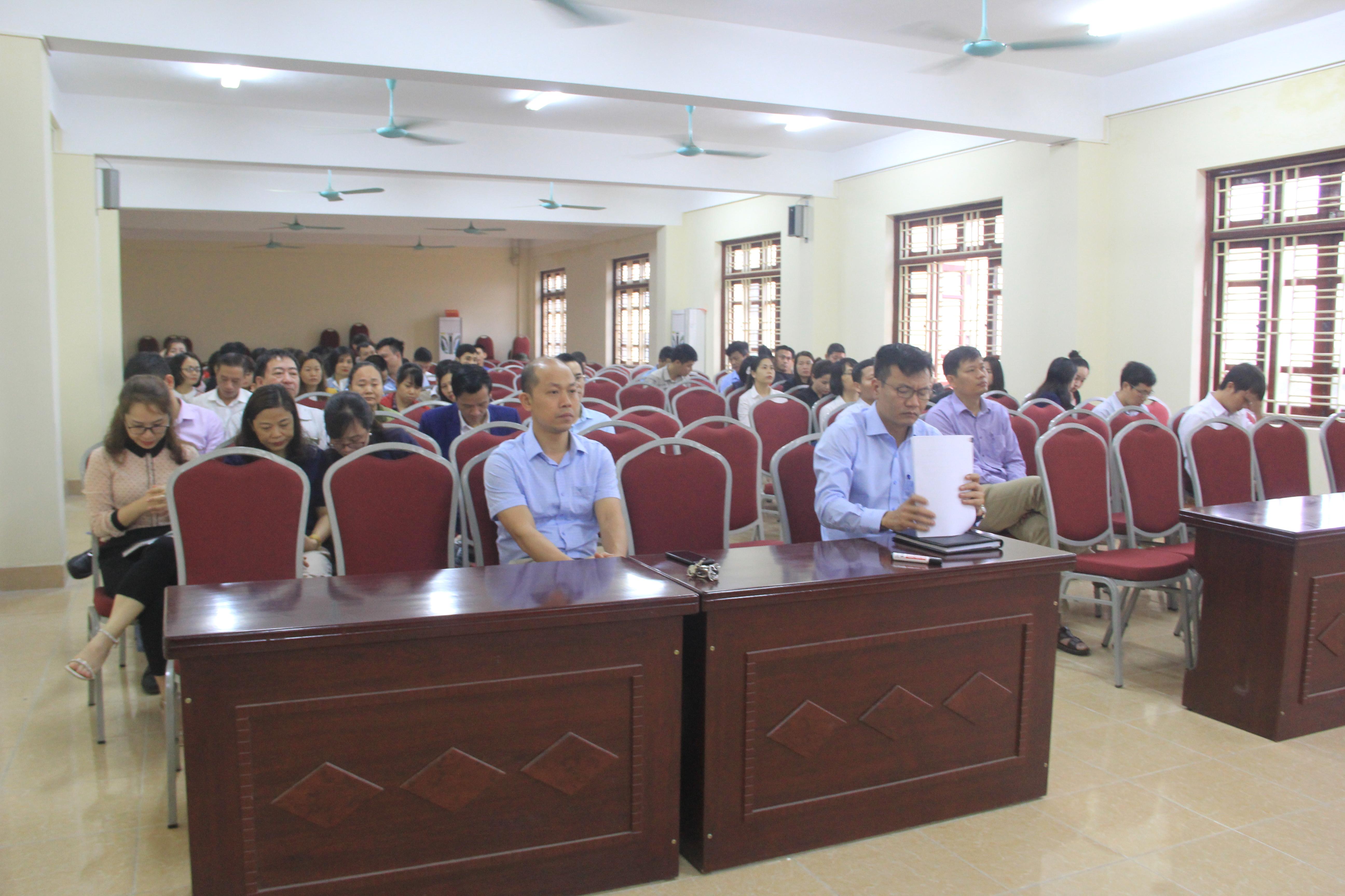 IETC tổ chức Hội nghị tập huấn công tác tuyển sinh năm 2021